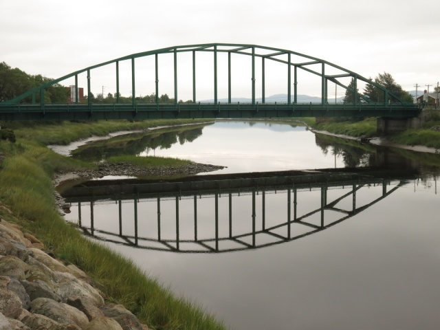 Bridge over Rivière Ouellr