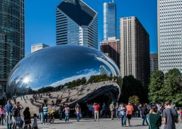 "Cloudgate ... ""The Giant Bean"""