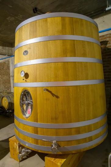 Large fermentation cask