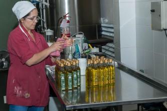 Bottling the oil